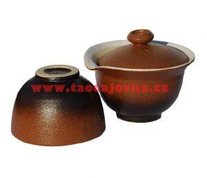 Hnědý keramický gaiwan – Slíváček s miskou