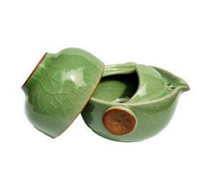 Celadonový zelený Gaiwan – Slíváček s miskou z celadonu