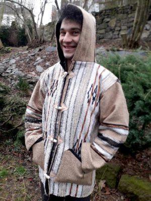 Světlá bunda s kapucí