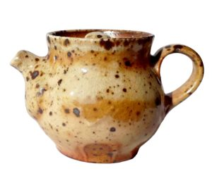 Keramická konvička v hnědých tónech – Pálená v peci na dřevo – 120ml